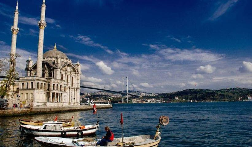 A duplex house at the heart of Bosphorus