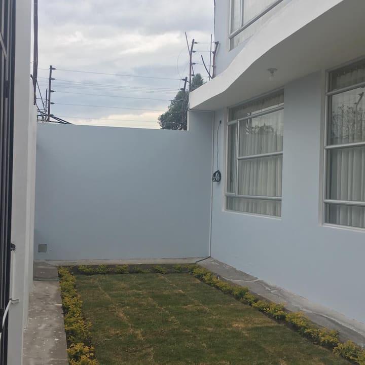 Habitación confortable/Ciudadela Riobamba Norte