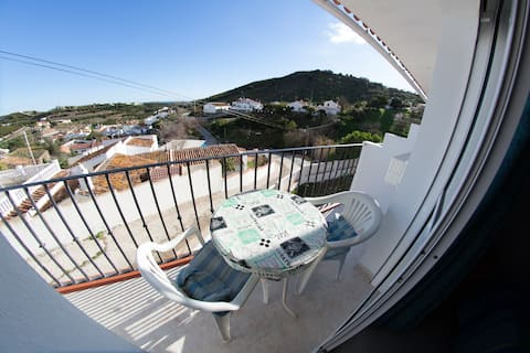 Apartment with roof terrace. Beach 3 km