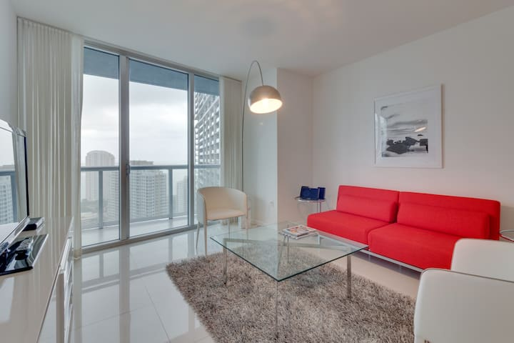 Amazing Water View Unit on Brickell Avenue - Miami - Kondominium