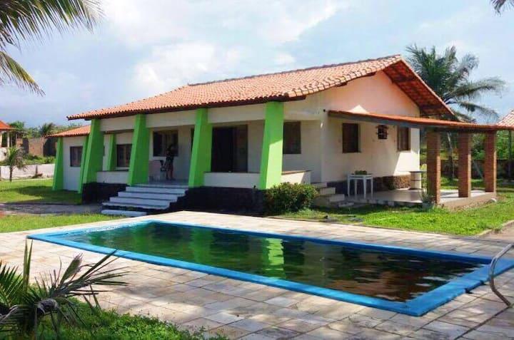 Casa de frente para o Mar em Panaquatira