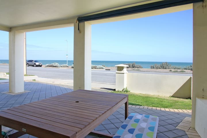 """Seascape"" Seaview Sunset Apartment - West Beach - Lejlighed"