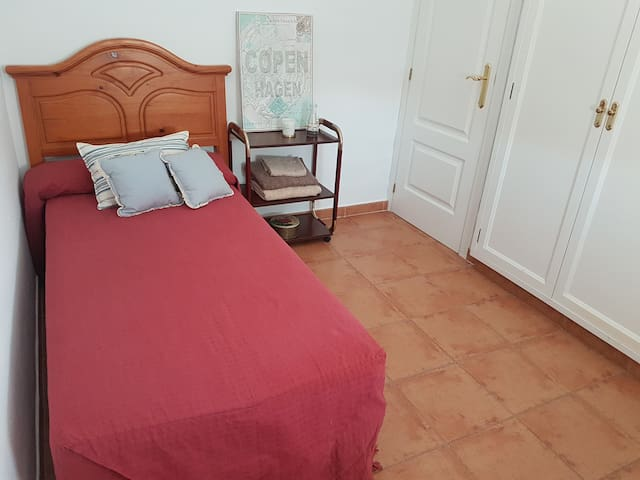 Sweet home Sevilla (single room)