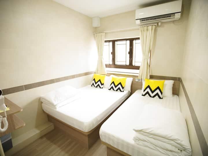 MongKok CBC ExquisiteTriple Room