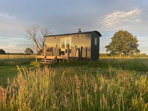Blandred Farm Shepherd 's Hutでグランピング