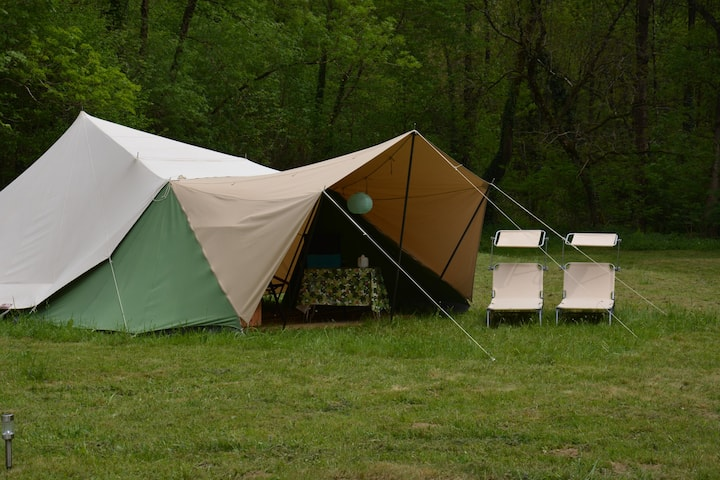 Pont de la Planque,  romantisch kamperen.