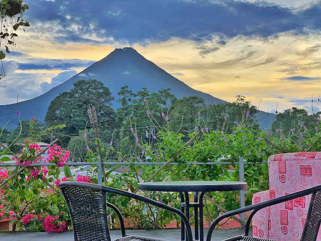 Furnished Apartment A/C *Wifi *TV *Volcano View #4
