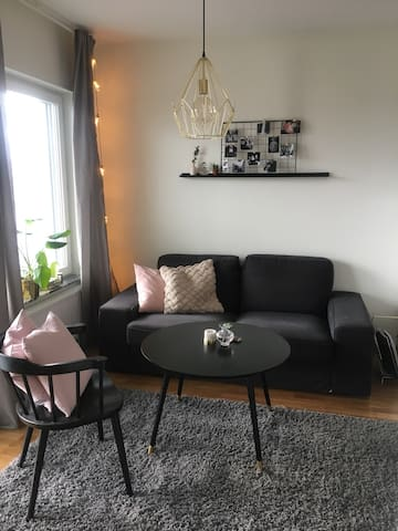 New studio apartment 10 mins from Arlanda airport - Märsta - 公寓