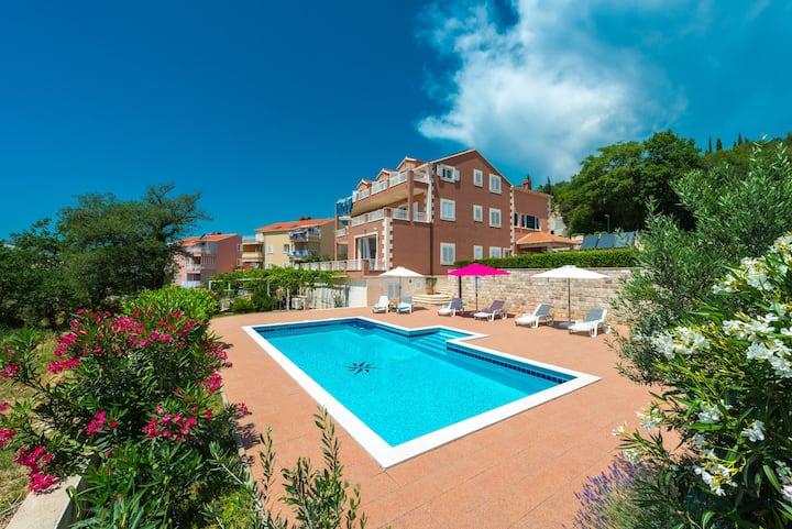 Studio III / swimming pool - Apartments Svaguša