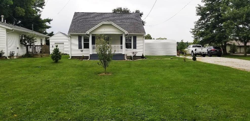 Martinsville Home