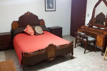 Habitación amueblada en Cd. Obregón - Ciudad Obregón - Haus