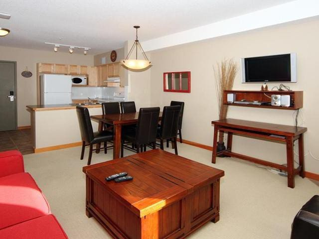 The PERFECT accommodation for your Canmore stay! - Canmore - Apartmen