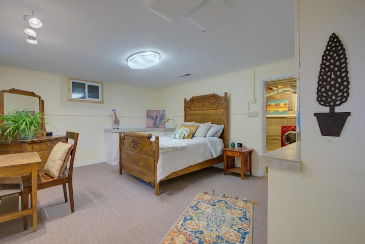 Enjoy the antique bed and your personal space.  There is plenty of room in each of the five sizable bedrooms to relax and feel pampered and private. This house will feel uncrowded even when there are plenty of people enjoying the space.