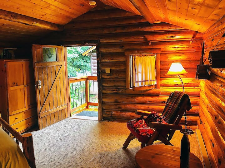 Silver Gate Simplicity LOG CABIN CAFE ~ CEIL'S~