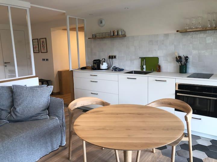 Cosy Studio de 35 m2 avec Vue Lac et Piscine