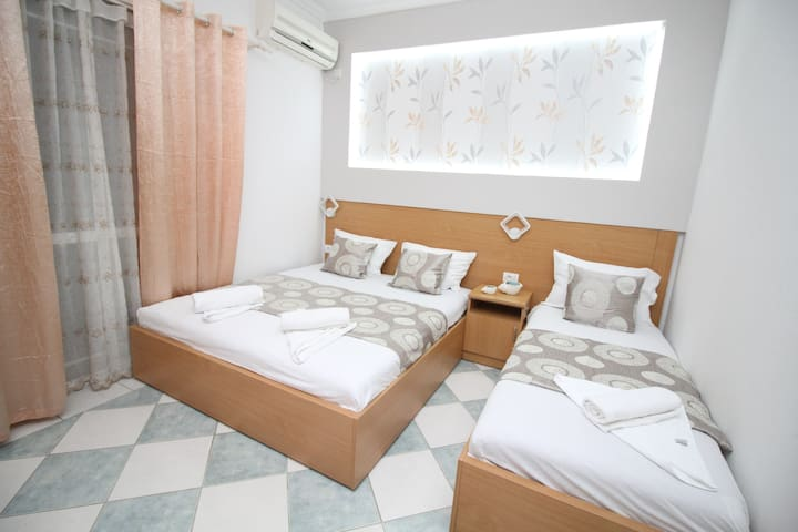 Apartments Cota,Triple bedroom 2