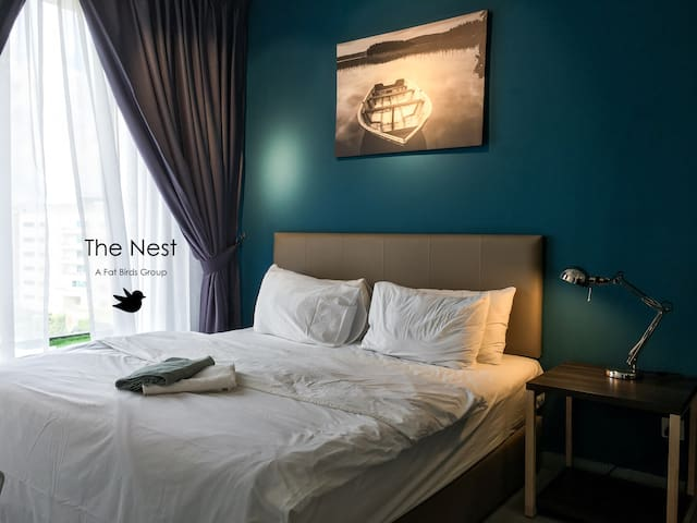 4-Merbau Home | Cyber Kanvas | B-8-12 WiFi Netflix