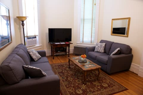 Ayers Mansion II Suite B - DeWolf Extended Suites