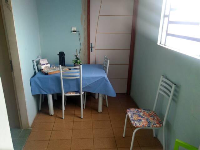 Quarto Inteiro - Recife/PE