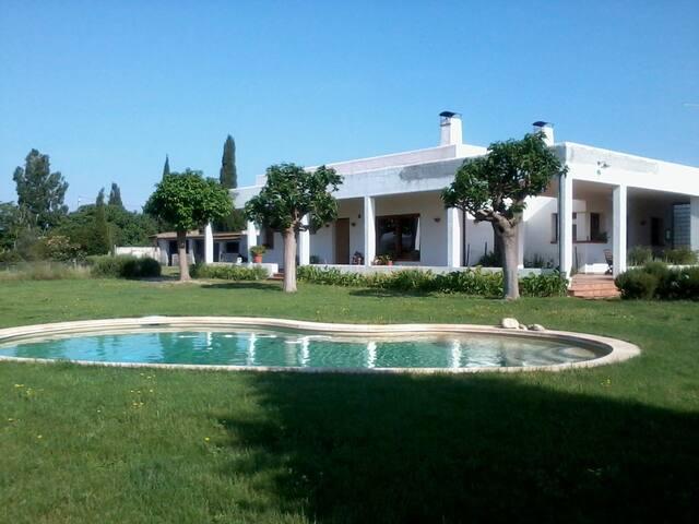 Casa/villa ecológica, en el campo, en Costa Brava - Cabanes - 단독주택