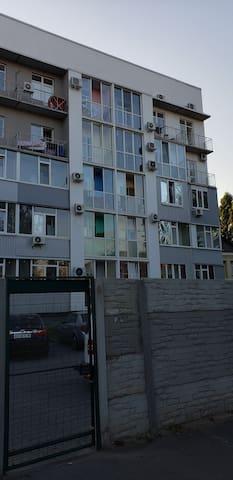 Однокомнатные апартаменты возле стадиона Металлист