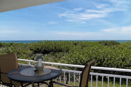 TheView at the Pelican - Ocean Front Oasis!