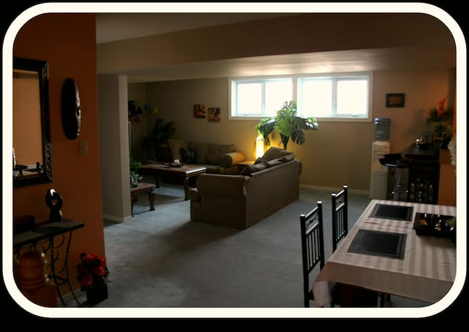 Self-contained 1 Bedroom Apartment - North Bay - Pis