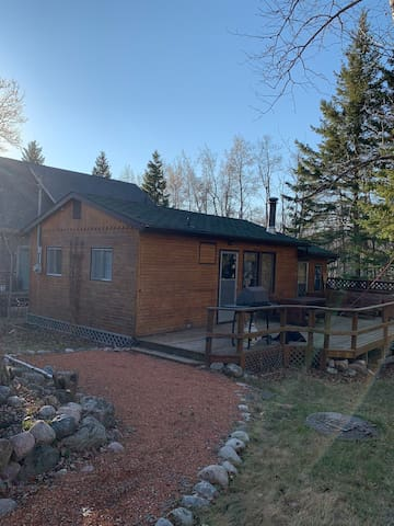 Grey Owl Estates Lake Life Retreat