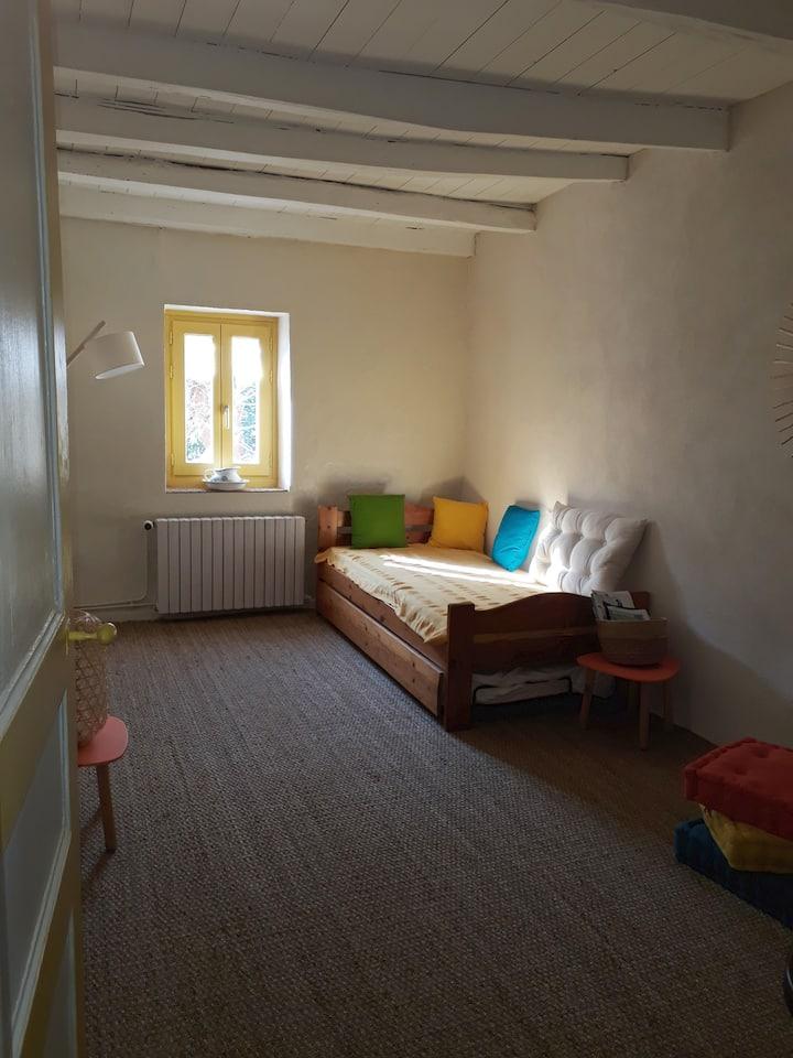 chambre au calme 1 ou 2 personnes dans maison