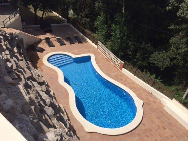 Casa con piscina cerca de Barcelona - El Serrat de Latmella - Rumah