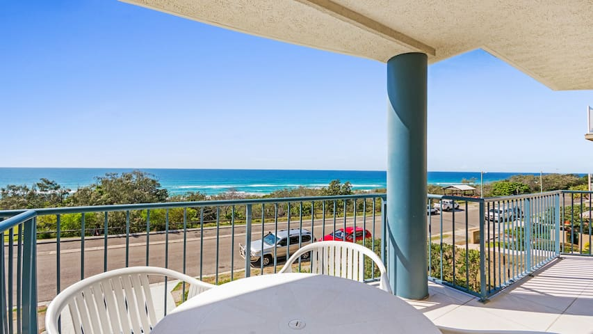 Sunrise Beach 2 Bedroom with Ocean views