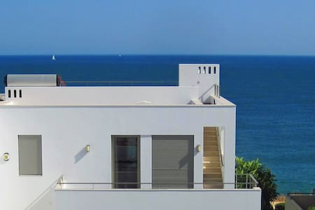 Townhouse With Private Pool And Panoramic seaview - Luz - Villa