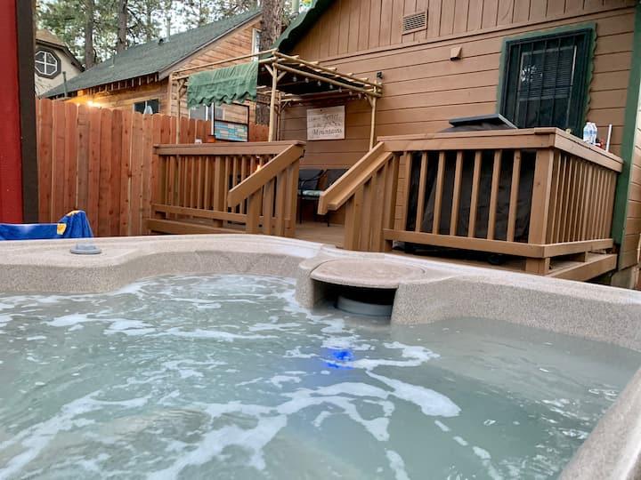 Quiet Minds Retreat cabin awaits you!