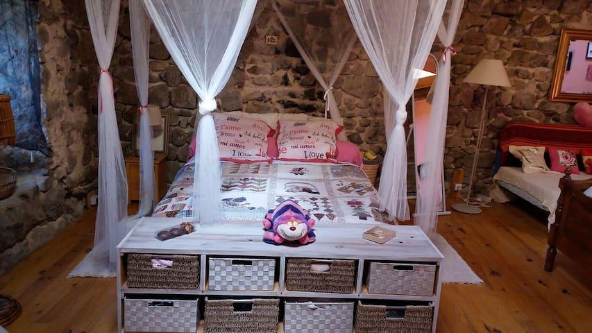 Maison en pierre de village - Montpezat-Sous-Bauzon - Casa