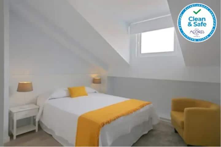 Apartamentos Almeida Garrett - 3D  908/AL