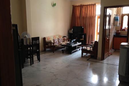 Solo Stay House - Pune