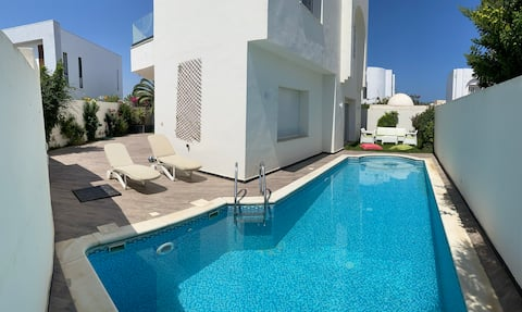 Villa med basseng i Yasmine Hammamet