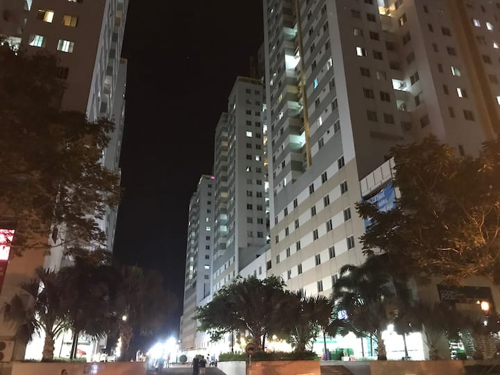 Downtown Belleza apartment in district 7