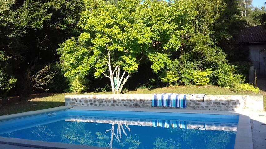 Dordogne cottage/gite with private pool