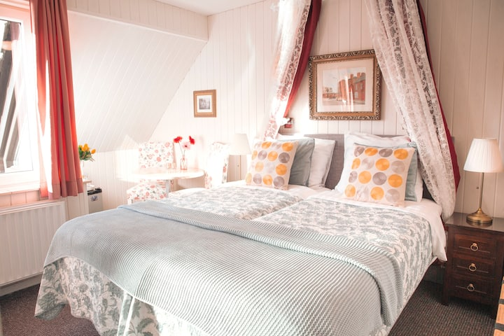 Colette's Family B&B - The Double Room