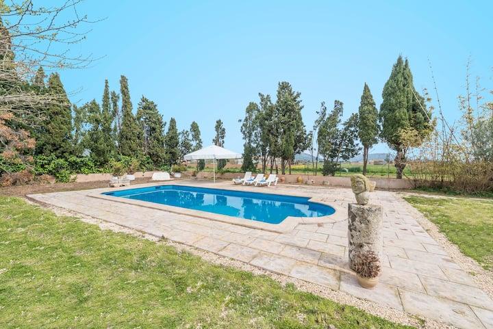 SON VALENTI (ESTRELLA ROJA) - Great house with private pool in a quiet area.