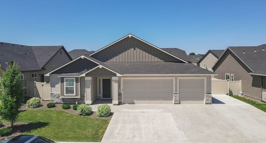 Gorgeous Sunset Home | Perfect for family getaways