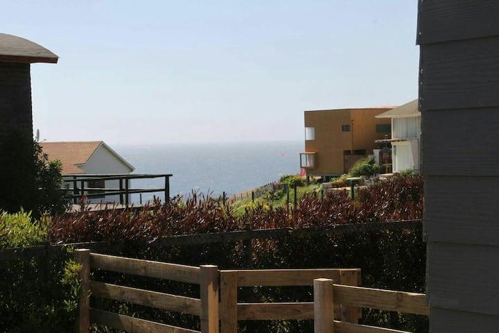 Cabaña  con vista al mar