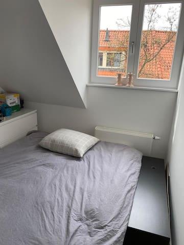 Slaapkamer 2 met aerobed 2p