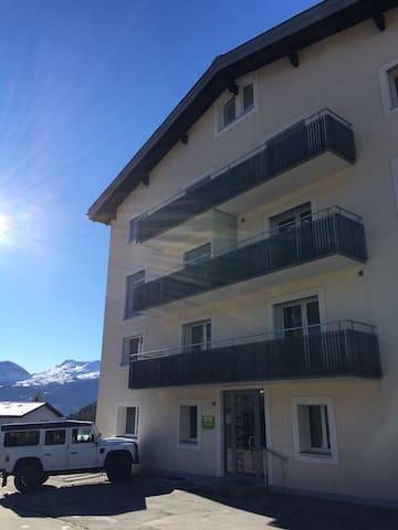 Moderne Urchige Ferienwohnung - Vaz/Obervaz - Appartement