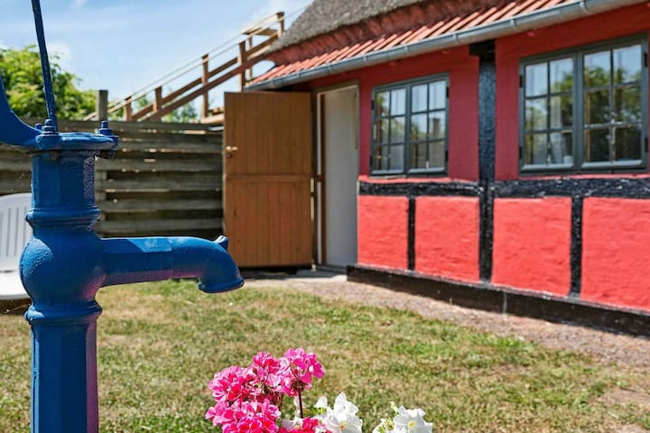 Maison de Vacances à Nexø avec terrasse