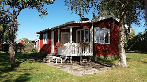 Small cottage with own garden on Kinnekulle