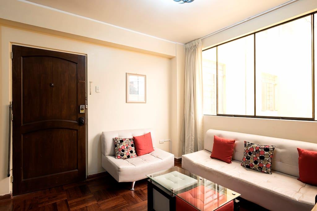 Living Room with entrance door