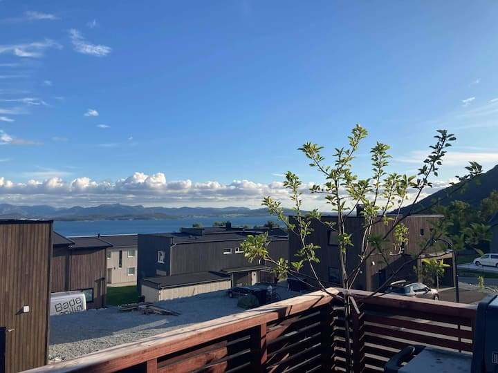Brand new apartment close to Pulpit Rock