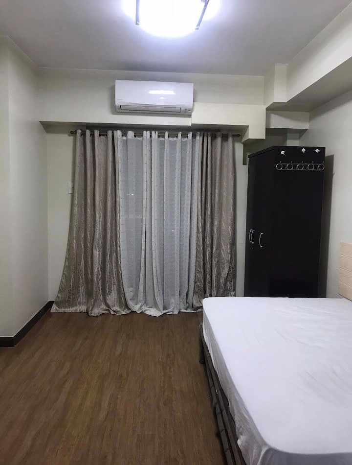 Affordable 1BR with Balcony in Tomas Morato QC